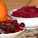 Sugar-free cranberry sauce with dates and orange juice
