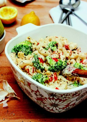 Creamy Broccoli & Red Pepper Macaroni WEB